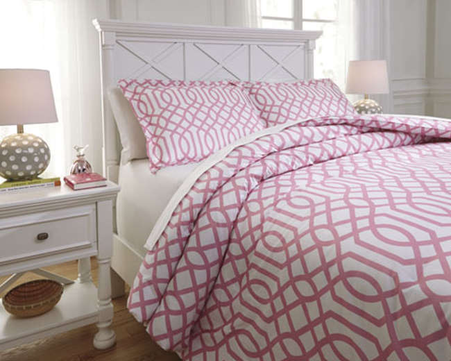 Loomis Pink Collection 3 Piece Full Bedding Set | Luther Appliance And  Furniture