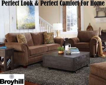 Travis by Broyhill; Sofa, Chair & Ottoman with Traditional Style w/Curvy Rolled Arms